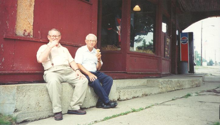 Tater & Bob at Giffens